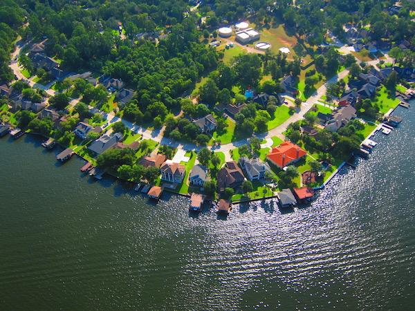Lake Conroe Homes